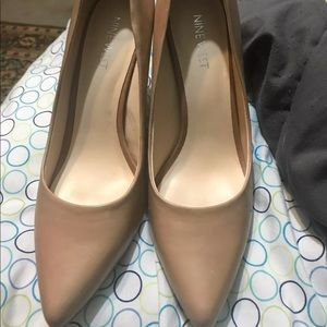 Nude Nine West Pumps 6.5 NEW!